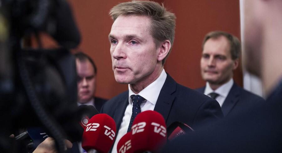 Dansk Folkeparti vil i 2020 hæve pensionsalderen til 69 år i 2035, slår Kristian Thulesen Dahl fast. Partiets beskæftigelses- og finansordførere har ellers sået tvivl om DFs støtte til forhøjelsen, som efter planen skal stemmes igennem om to år.