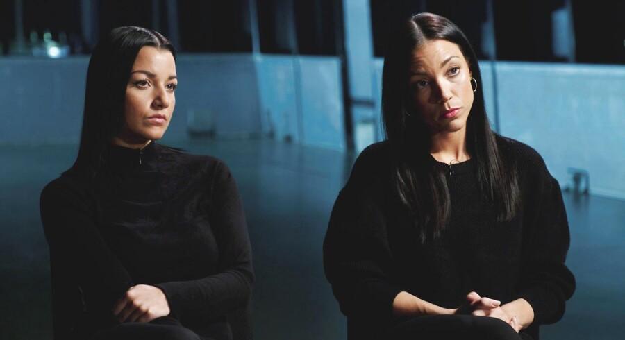 """Britta Nielsens døtre, Samina(tv)og Jamilla Hayat i forbindelse med interview i programmet """"Brittas døtre taler ud""""."""