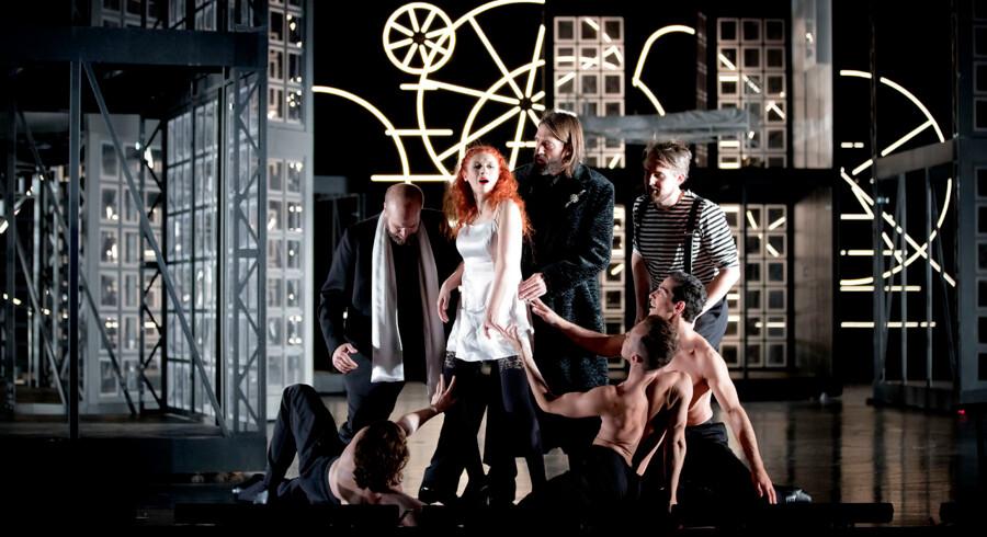 Patricia Petibon har sin rolledebut som Violetta i »La Traviata« og synger partiet helt igennem originalt. Foto. Malin Arnesson