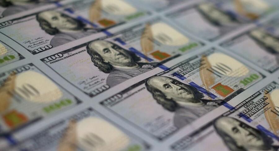Centralbankernes trykning af elektroniske penge har indtil videre været en succes, men udgør samtidig den største udfordring for det finansielle system fremover.