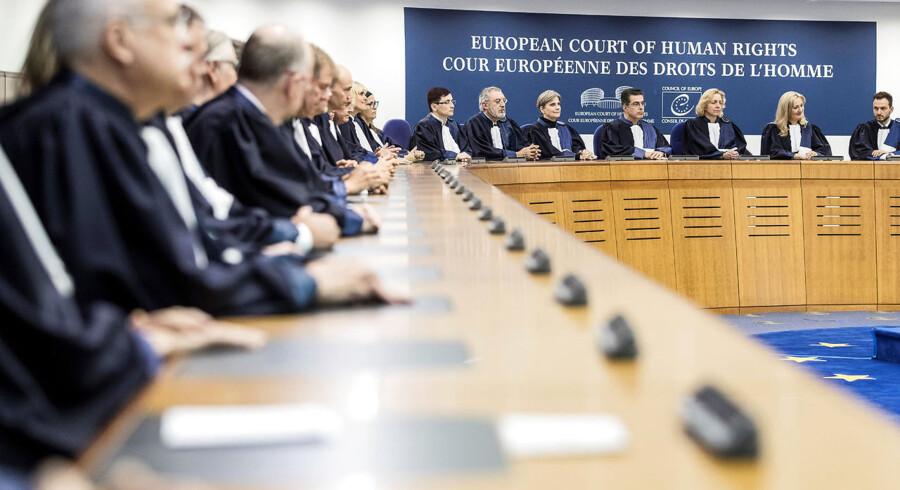 Den Europæiske Menneskerettighedskonvention blev skrevet for 70 år siden og er ikke siden ændret. EMD tager i dag kun udgangspunkt i konventionen, og har et beskedent kendskab til forholdene i det indklagede land. Foto: POOL/Ritzau Scanpix 2017