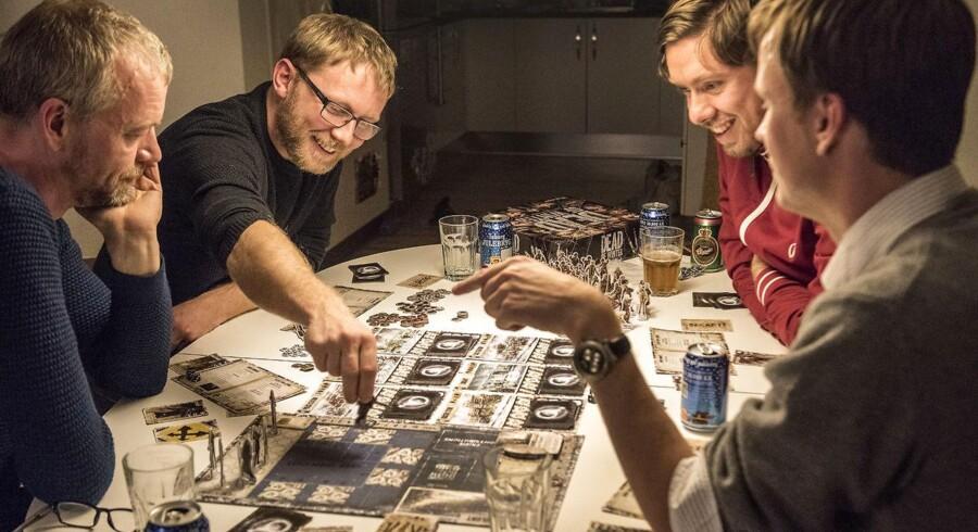 Julen er brætspillenes højtid. Berlingskes spilredaktør giver her fire ideer til brætspil som julegaver.