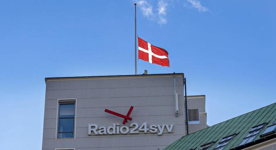 Flaget på halvt hos Radio24syv tirsdag i forbindelse med drabet på radiovært Nedim Yasar.