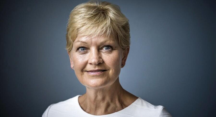 »Den svenske sag kan forhåbentlig være med til at statuere et eksempel,« siger ligestillingsminister Eva Kjer Hansen om en dom over en 19-årig mand for at stå bag kåringen af »året fuckgirl«.