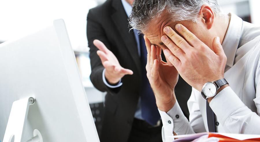 Det er let at tolke, når chefen skælder ud og er aggressiv. Det er sværere at tolke den destruktive, passive ledelse, der lader tingene sejle.