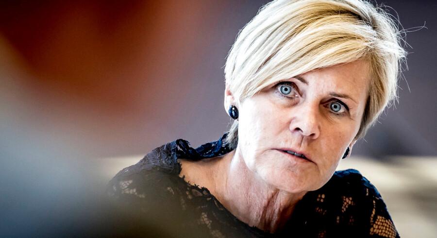 Mette Bock beskyldes for at bryde armslængdeprincippet efter opslag om Lars von Trier på sociale medier.