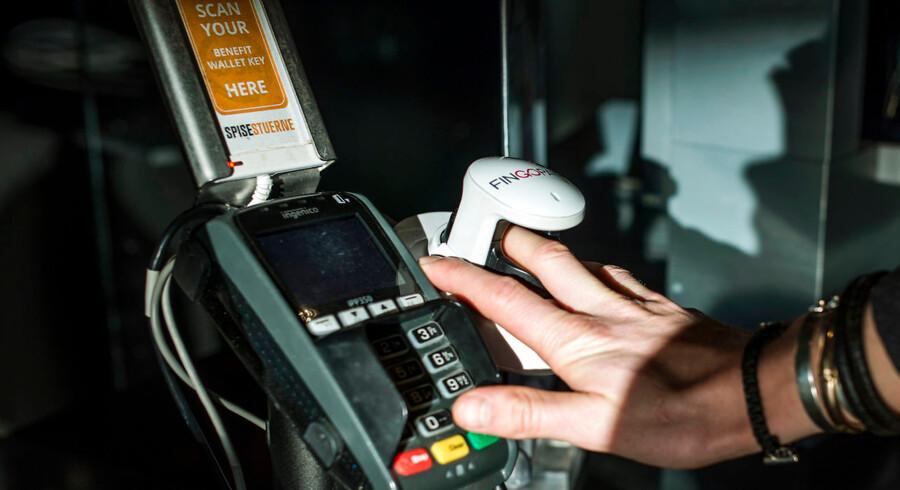 Et pilotprojekt med fingerbetaling i CBS' kantine er gået så vel, at Nets nu vil gøre projektet permanent på hele universitetet. Næste skridt er andre universiteter og kantiner, hvorefter resten af landet følger, lyder det fra Nets.