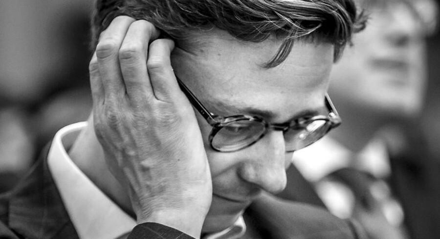 Skatteminister Karsten Lauritzens (V) ministerier overskrider endnu en tidsfrist for udlevering af materiale til Undersøgelseskommissionen om Skat.