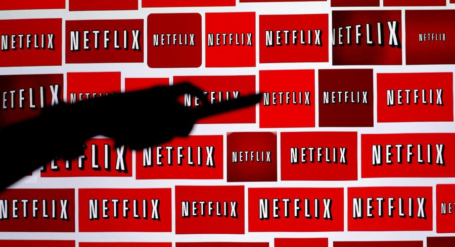 Netflix er en dyr fornøjelse for danskerne, hvis man måler abonnementsprisen på, hvad man får af udvalg. Arkivfoto: REUTERS/Mike Blake/Ritzau Scanpix