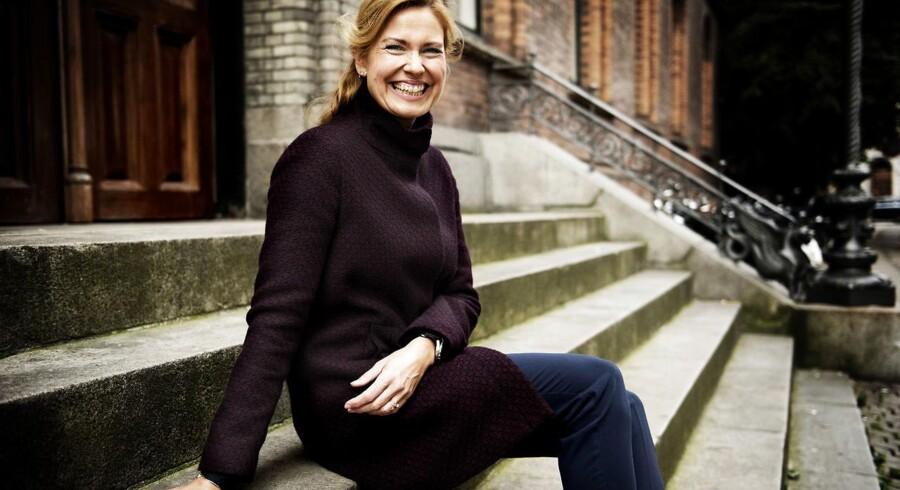 Præst Anna Mejlhede fylder 50. Hun har blandt andet udgivet bøgerne »Alt forladt – når kærligheden går sin vej« og »Kys dit kaos – livet er alligevel noget rod«.