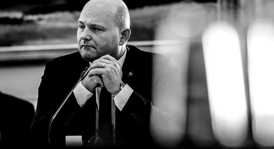 Justitsminister Søren Pape Poulsen (K) til samråd om undersøgelseskommissionens arbejde fredag den 12. oktober 2018. Her er der tale om en opdatering af, hvordan undersøgelsen af SKAT skrider frem. Spørgsmålet er stillet efter ønske fra Henrik Dam Kristensen (S).. (Foto: Ólafur Steinar Gestsson/Ritzau Scanpix)
