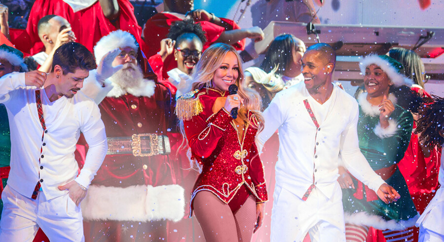 Mariah Carey elsker julen. Og formentlig også de 400 millioner kroner, hun har tjent på sangen »All I Want for Christmas is You«.