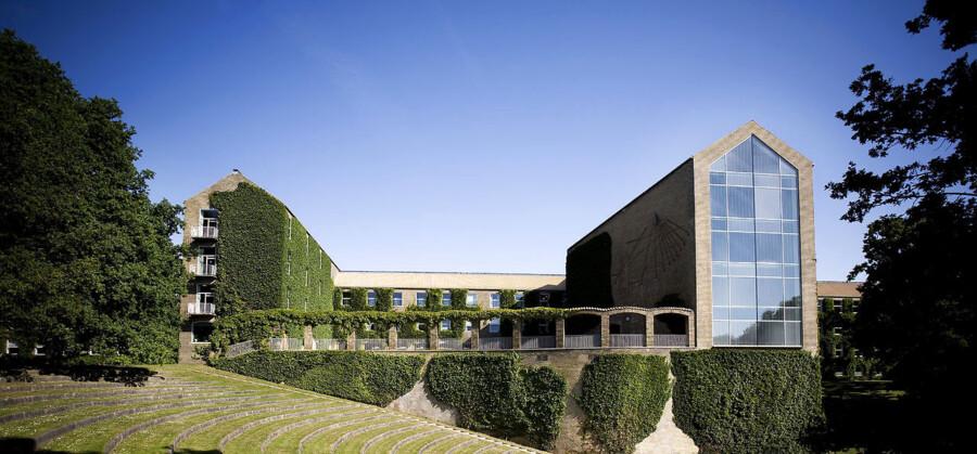 BMINTERN - Aarhus Universitet