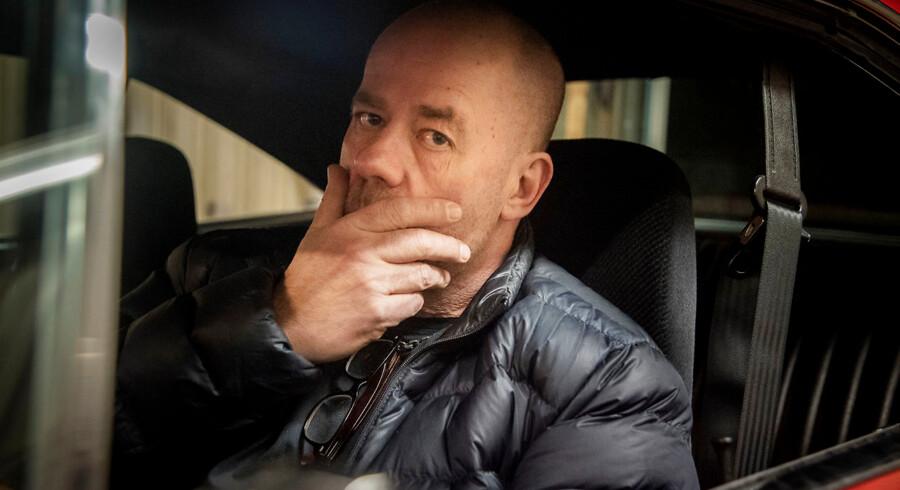 Lastbilchauffør Joakim Olsson har fået at vide, at han bliver smidt ud af sin fagforening, efter han stillede op til kommunalvalget for Sverigedemokraterne.