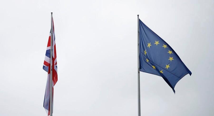 Flere danske virksomheder forbereder sig på de mulige scenarier i Brexit.