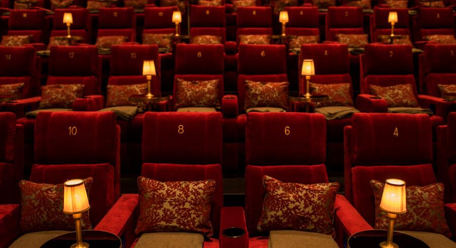 Der er faktisk kun én ting, der kan ødelægge den gode stemning i Hellerups nye biograf ... Og det er dem, der ikke har lært, hvordan man opfører sig i biffen.