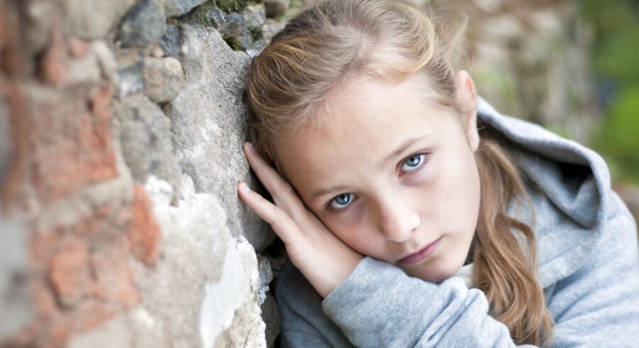 Det er let at blive enige om, at alle børn fortjener en ordentlig opvækst, men lad os lige se ordentligt på fakta og styre uden om de lette løsninger.