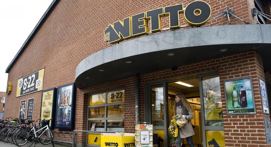 Netto vil næste år investere en mia. kr. i nye butikker samt renovering af nogle af de nuværende. Landets største dagligvarekæde forsøger derved at erobre yderligere markedsandele fra konkurrenterne.