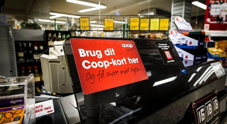 I tilbudsaviser og på emballage har Coop anvendt skåle eller en tallerken lavet af Kasper Würtz som baggrund i reklamer for koncernens madvarer. Det må koncernen ikke, slår Højesteret fast.