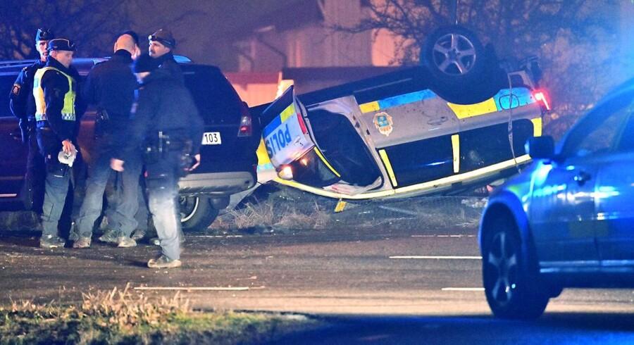 Trafikulykken, der kostede en betjent livet, skete i det sydlige Mamø i aftes.