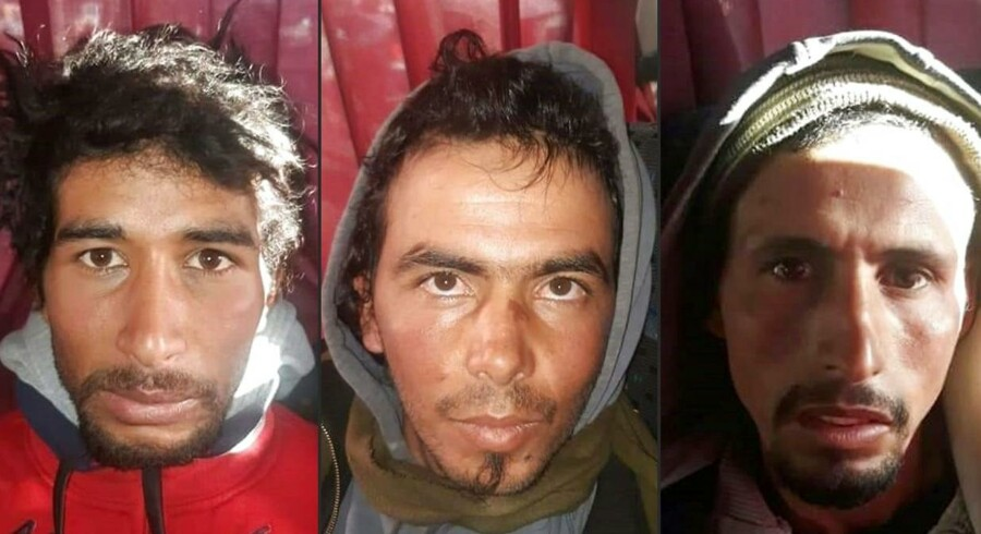 Tre af de fire mænd, der er anholdt i drabssagen i Marokko. De blev anholdt torsdag ved et busstoppested i Marrakech. Drabet på det dansk-norske venindepar blev begået mandag. Billedet stammer fra marokkansk politi.