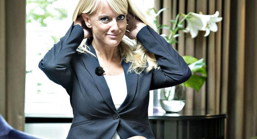 Det er ikke medierne, der har opfundet Pernille Vermund. Det har hun selv, for hun har et budskab, mange gerne vil høre. Hun sælger budskabet med politisk spin i høj klasse. Hun bruger sig selv og sit udseende, og det vækker opsigt i et politisk landskab, hvor højrefløjspolitikerne er kedelige. Arkivfoto: Jens Nørgaard Larsen/Ritzau Scanpix