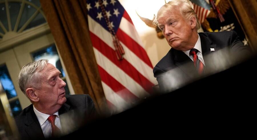 I de seneste uger har Trump mistet henholdsvis sin stabschef og forsvarsminister, og flere har sagt nej til at blive stabschef. Det har fået USAs allierede til at frygte det værste. Særlig har den nu afgående forsvarsminister James N. Mattis stået som garant for USAs engagement med sine allierede i NATO.
