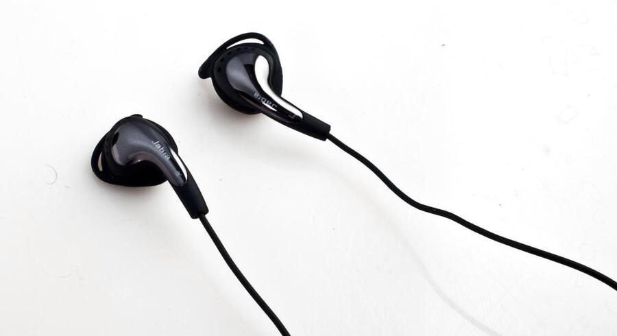 Arkivfoto. Jabra høretelefoner til brug ved løb og andre sportslige aktiviteter.