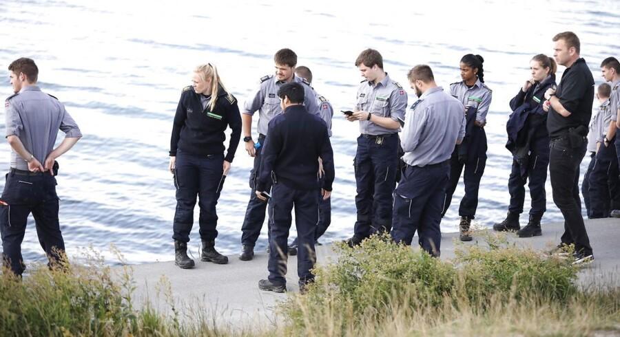 Arkivfoto. Ifølge TV2 er 10 ud af 23 hjælpere fra Beredskabsstyrelsen dykkere. Man leder efter ligdele i Køge Bugt.