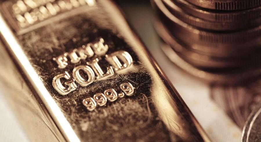 ARKIVFOTO: Politiet har fundet guldbarrer (ikke guldbaren på billedet, nogle andre) og våben i monssvindelsag.