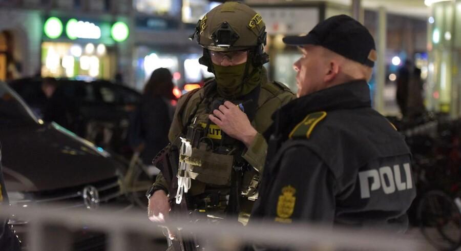 Arkivfoto. I stor aktion beslaglagde politiet tirsdag 13,5 millioner, otte luksusbiler og mange kostbare smykker.
