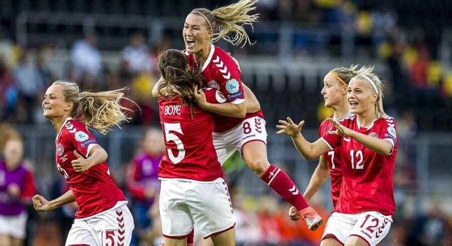 I søndagens EM-finale skal Danmark enten møde de hollandske værter eller England. EPA/TOIN DAMEN