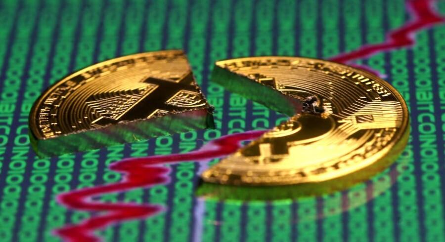 Det er gået hastigt ned ad bakke for kryptovalutaen Bitcoin siden nytår.