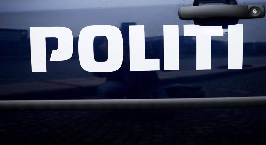 Sydøstjyllands Politi er søndag til stede ved landsbyen Grumstrup efter alvorligt sammenstød på Gammel Århusvej. Free/Pressefoto Rigspolitiet