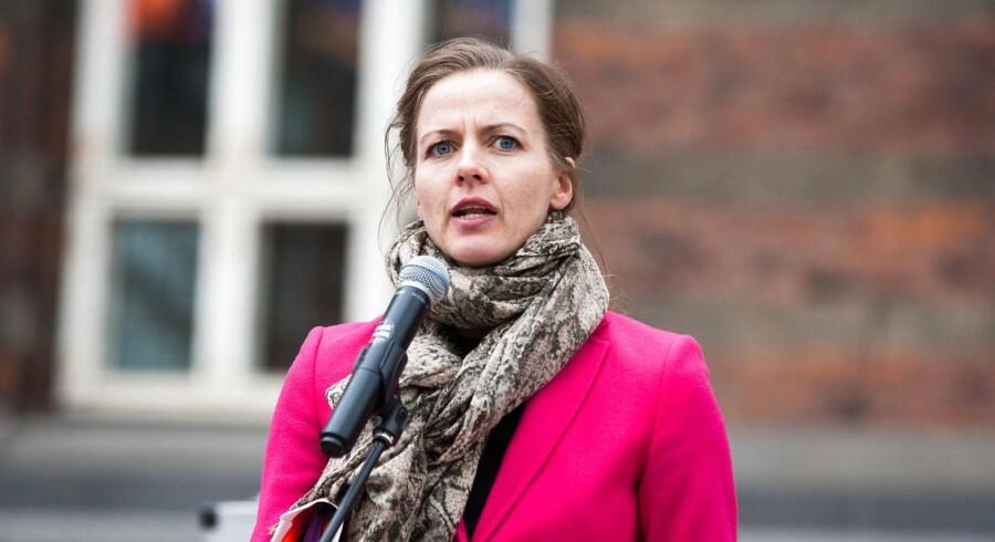 Minister for børn, undervisning og ligestilling Ellen Trane Nørby (V) har måttet sande, at parterne ikke kunne nå hinanden og derfor skal mødes igen i næste uge.