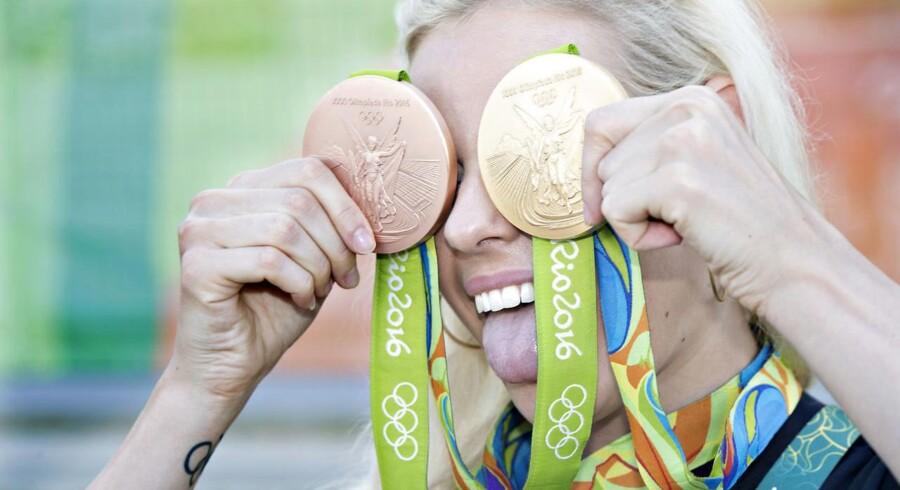 Pernille Blume vinder OL-guld i 50 meter fri.