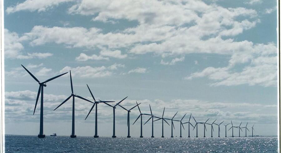 Verdens første flydende vindmøllepark er nu officielt indviet og leverer strøm til det britiske elnet. (Foto: SØREN BIDSTRUP/Scanpix 2016)
