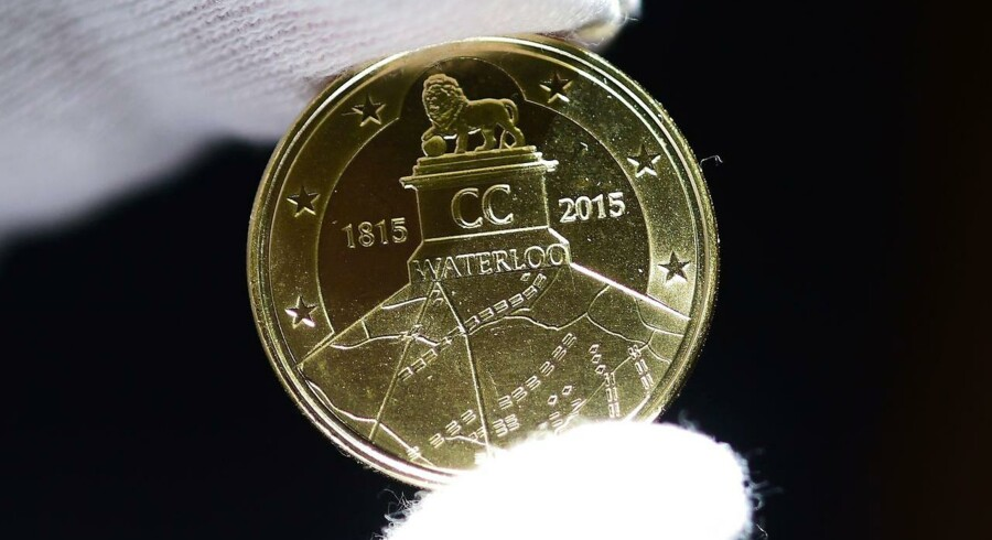 En erindringsmønt, der hylder den franske kejser Napoleons nederlag ved Waterloo, har skabt gnister i forholdet mellem Belgien og Frankrig.