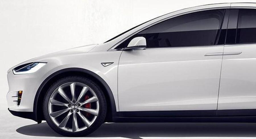 Er selvkørende biler som for eksempel den meget hypede Tesla X en fordel eller en ulempe? Debatten er i fuld gang, både i USA og herhjemme. PR-foto