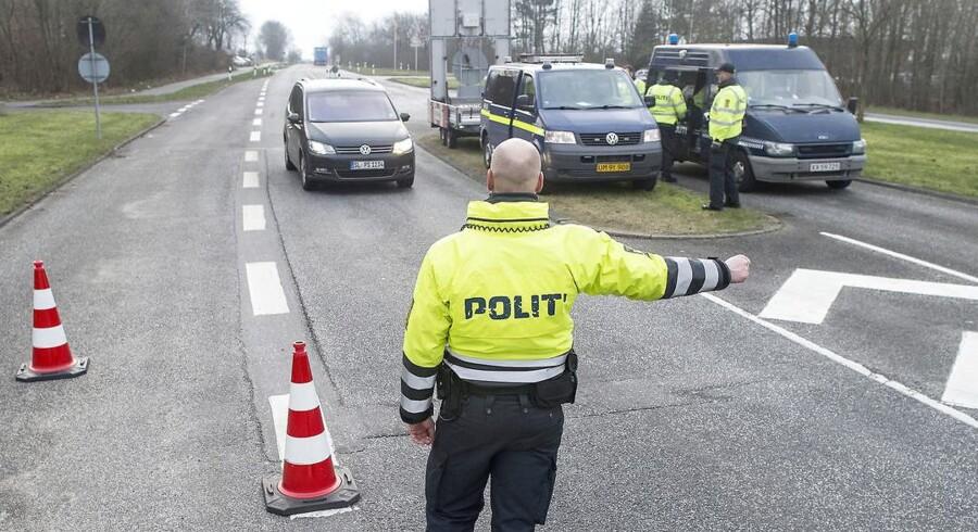 Grænsekontrol ved den dansk-tyske grænse ved Padborg.