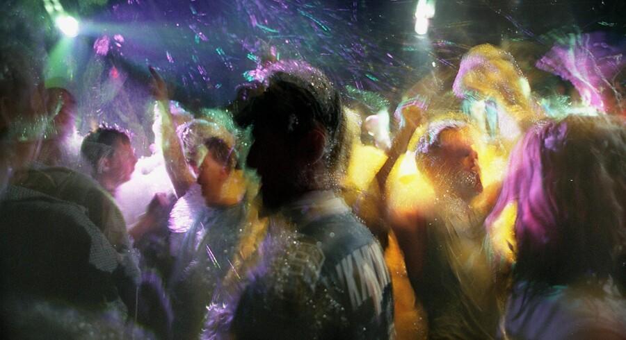 Læger ønsker at tilbyde den 50.000 kroner dyre behandling til homoseksuelle med højrisiko adfærd – altså homoseksuelle, som regelmæssigt dyrker analsex uden kondom med flere partnere. Læger skønner, at der alene i København lever mellem 500 og 1.000 homoseksuelle, som er i højrisikogruppen. Foto: Leila Gorchev/Reuters