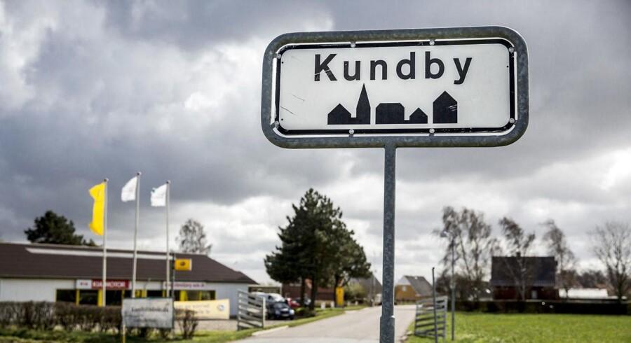 Anklageren vil fremlægge nye beviser i den såkalde Kundby-sag, hvor en nu 17-årig pige, er anklaget for planlægning af terrorangreb.