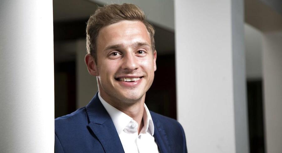 Mathias Demandt Winther investerer i aktier for de SU-lån, han optager under sit studie. Foto: Heidi Lundsgaard.