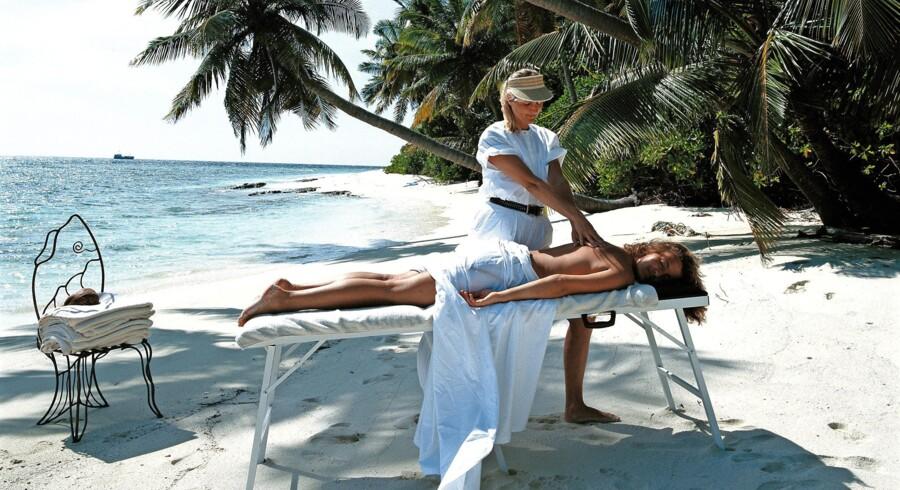 Hvis man drømmer om eksotiske ferierejser og forkælelse, når man går på pension, er det vigtigt at holde øje med, at pensionsordningen ikke investeres alt for risikobetonet. Foto: Scanpix
