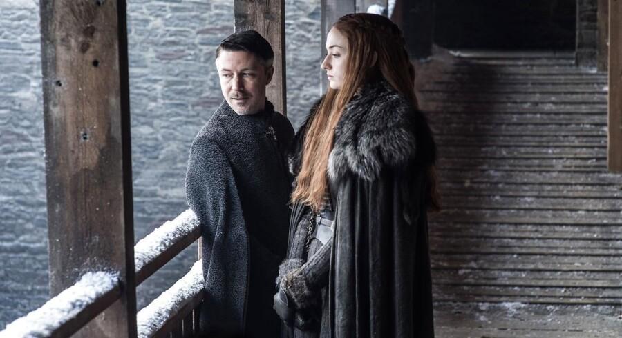 Syvende sæson af Game of Thrones er nu i gang. På billedet ses karakterene Petyr Baelish og Sansa Stark.