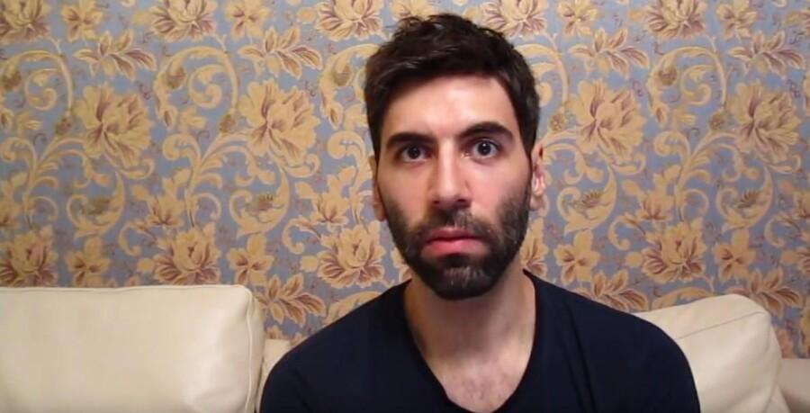 Screendump fra Youtube: Den amerikanske blogger Daryush »Roosh« Valizadeh.