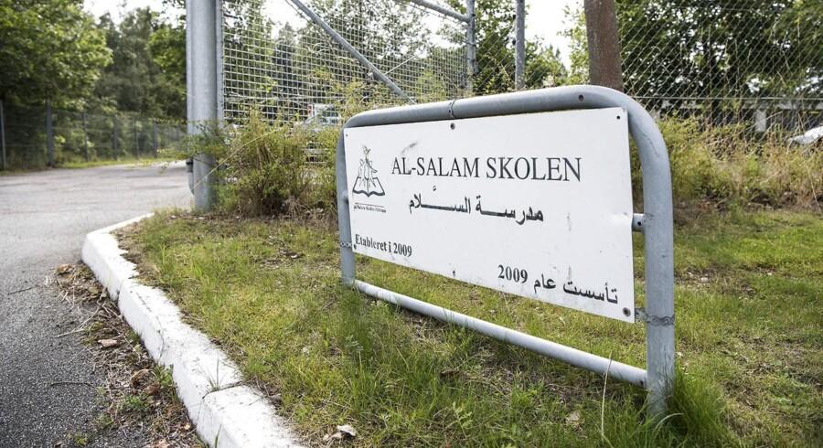 Al-Salam Skolen i Odense har store økonomiske problemer og risikerer nu at miste sit statstilskud.