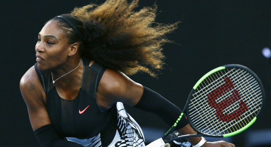 Serena Williams vandt Australian Open-finalen i to sæt over storesøster Venus Williams. Reuters/Edgar Su