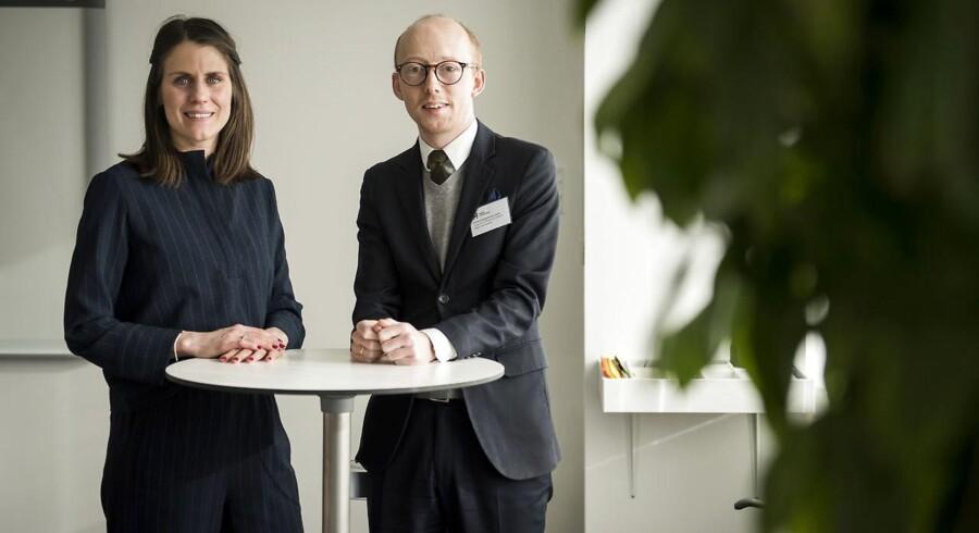 Temaet for fredagens Talent 100-netværksmøde var, hvordan man skal håndtere digitalisering i en virksomhed. Her ses talenterne Josefin Salomonsson og Kristian Hovgaard Juul-Larsen, som begge mener, at man aldrig må digitalisere for digitaliseringens skyld.