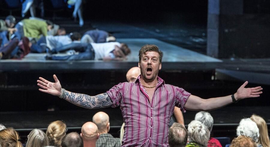Lars Møller som Alaskawolf-Joe i Den Kgl. Operas vellykkede opsætning af Mahagonny«. Foto. Thomas Petri